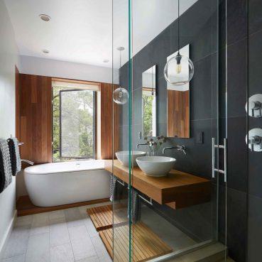 خدمة تنظيف الحمامات