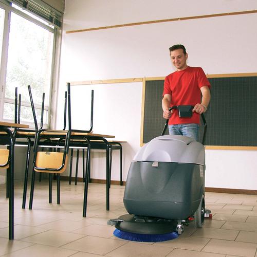 شركة تنظيف المدارس في الشارقة