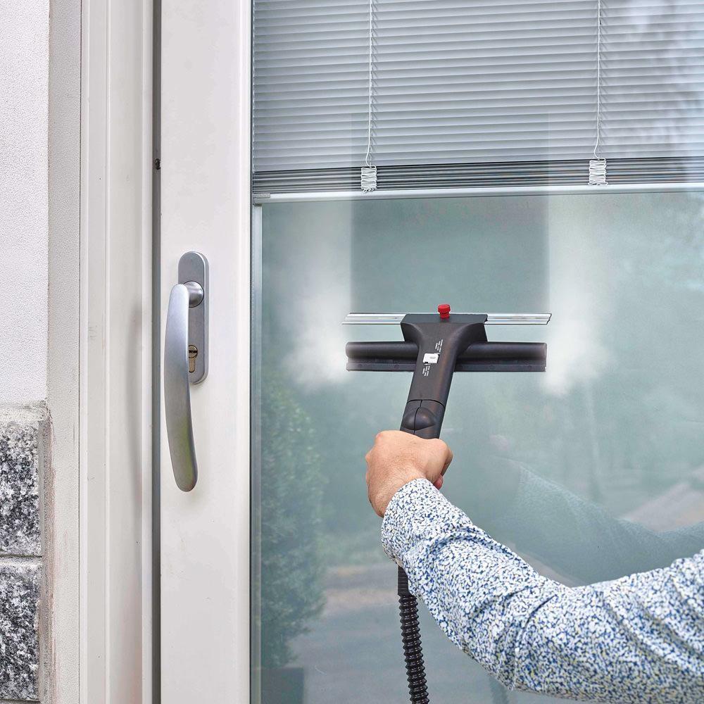 شركة تنظيف النوافذ في الامارات